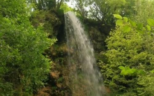 Водопад в Гостилье